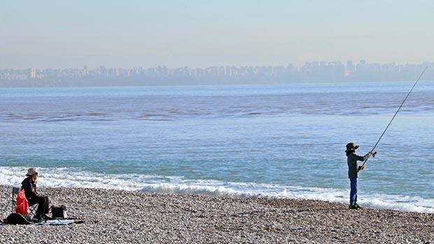 Antalya'da felaketin ardından deniz keyfi