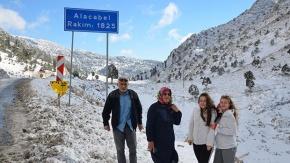 Antalya'da karın keyfini işte böyle çıkardılar