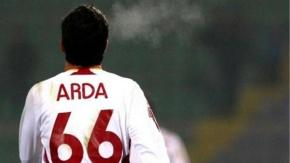 9 yıl sonra gelen gol sonrası göz yaşlarına hakim olamadı... İşte dünden bugüne Arda Turan!