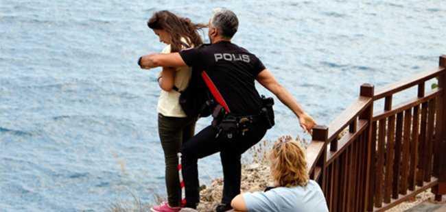 ANTALYA'DA POLİS 'ÖZEL TİM' KURDU
