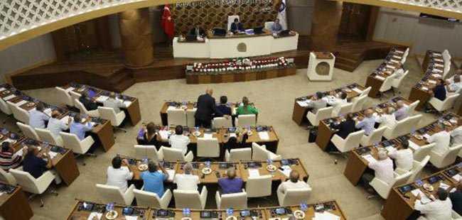 Büyükşehir Meclisin'de tartışma