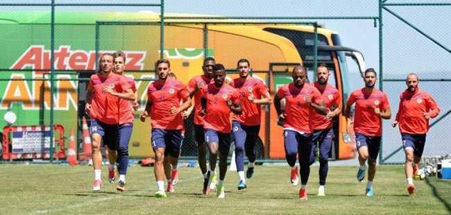 Alanyaspor'da hazırlık maçları