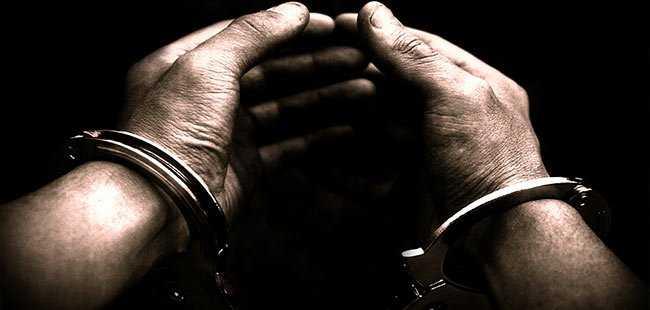 Eski müdür Antalya'da tutuklandı