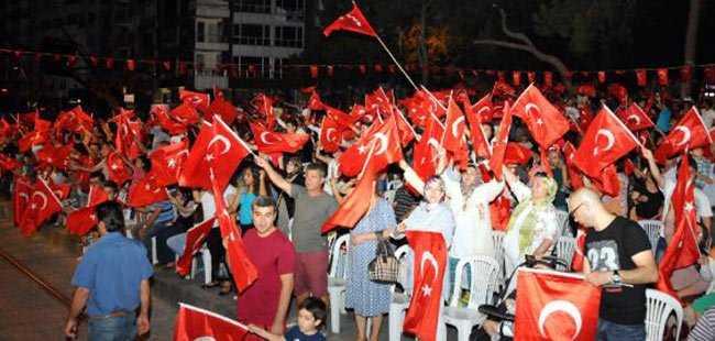 Antalya'da demokrasi nöbeti