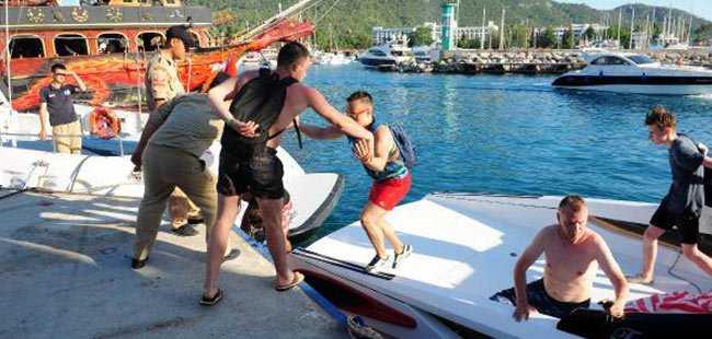 Antalya'da turistler kurtarıldı
