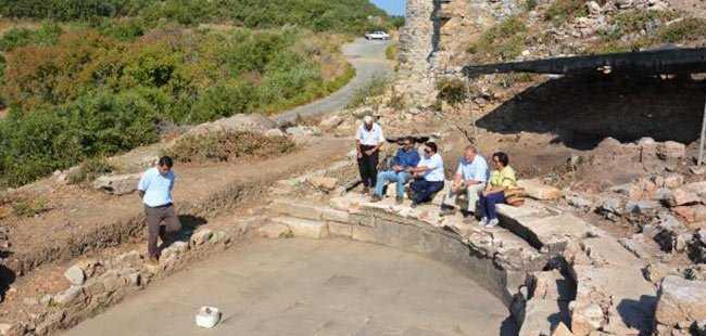 Antalya'da 2 bin yıllık parçalar bulundu