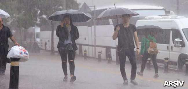 Beklenen yağmur başladı