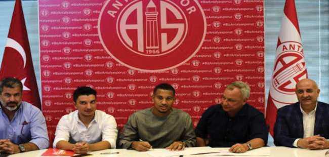Vainqueur 3 yılık sözleşme imzaladı