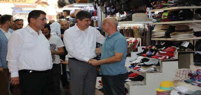 Başkan Türel'den esnafa ziyaret