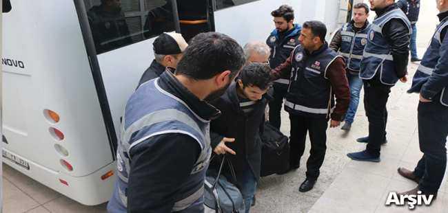 FETÖ'den 11 kişi tutuklandı