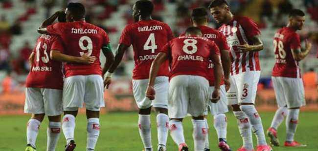 Antalyaspor 3 puanla tanıştı