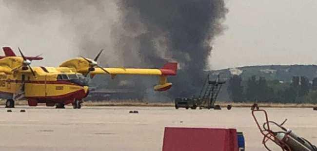 Savaş uçağı düştü