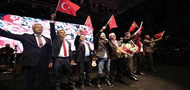 Antalya'da Cumhuriyet Bayramı coşkusu