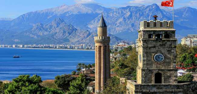 Antalya'da süsleme tartışması