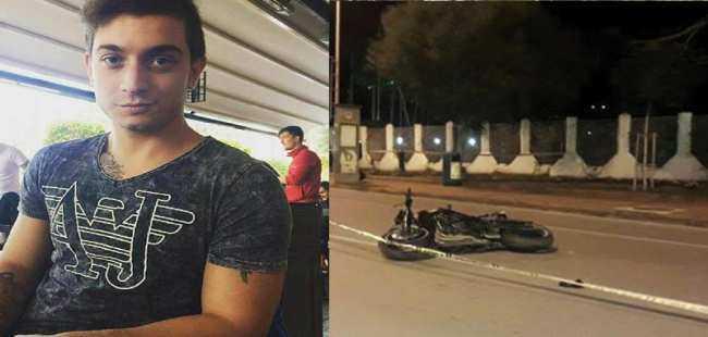 Alanya'da motosiklet trafik levhasına çarptı