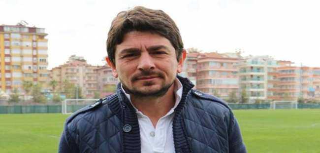 Alanyaspor'da Taner Savut ile yollar ayrıldı