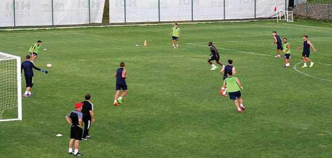 Futbol kulüpleri Antalya'ya akın edecek