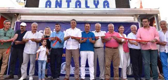 Sedir'de kapalı semt pazarı hizmete açıldı
