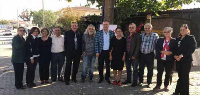 Antalyalı iş adamı CHP'den istifa etti