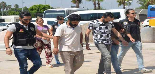 Antalya'da uyuşturucu tacirlerine darbe