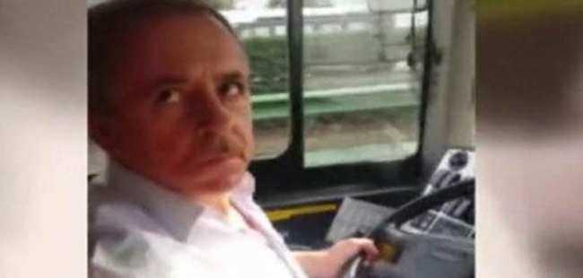 Halk otobüsünde tartışma