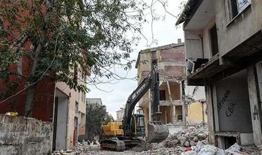 Riskli olmayan evler yıkılmayacak