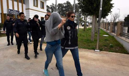 Antalya'da 12 kişi tutuklandı