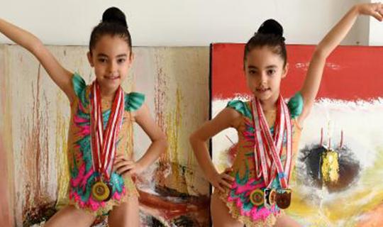Antalyalı ikizlerden büyük başarı