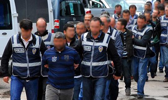 Antalya'da 11 kişi tutuklandı