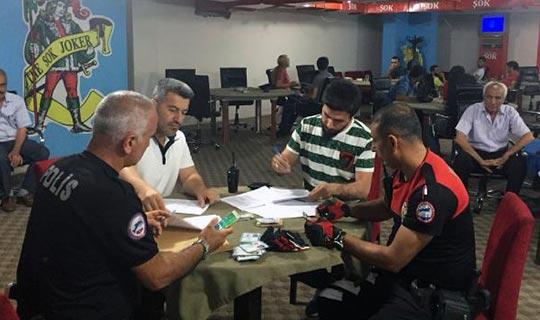 Antalya'da 18 kişi gözaltına alındı