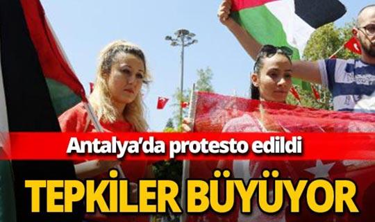 Antalya'da İsrail protesto edildi