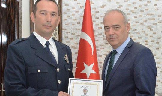 Antalya'nın konuştuğu polise ödül