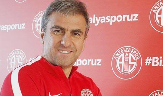 Antalyaspor Hamzaoğlu ile yollarını ayırdı