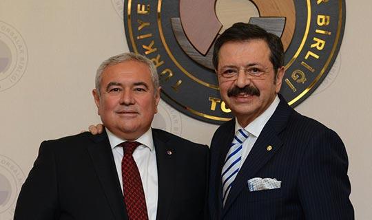 Başkan Çetin'e büyük onur