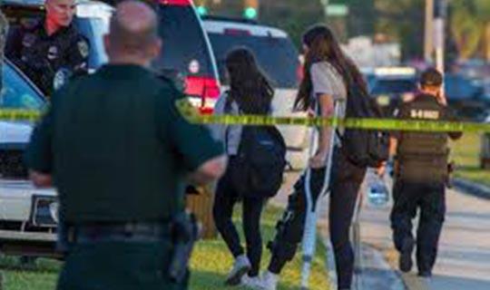 Liseye silahlı saldırı düzenlendi