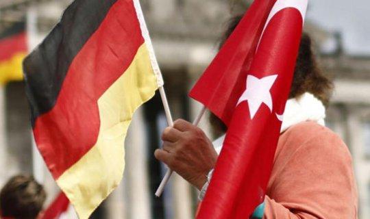 Almanya'dan peş peşe Türkiye hamleleri