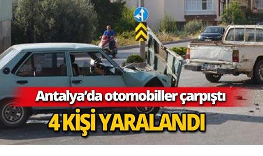 Antalya'da otomobiller çarpıştı : 4 yaralı