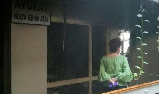 Avukatlık bürosunda yangın