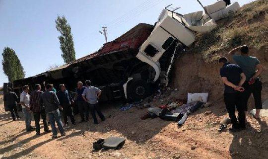 Elmalı'da feci kaza