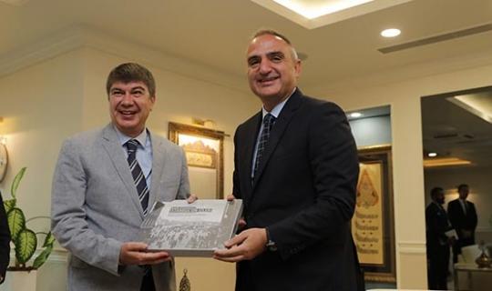 Kültür ve Turizm Bakanı Ersoy Büyükşehir'i ziyaret etti