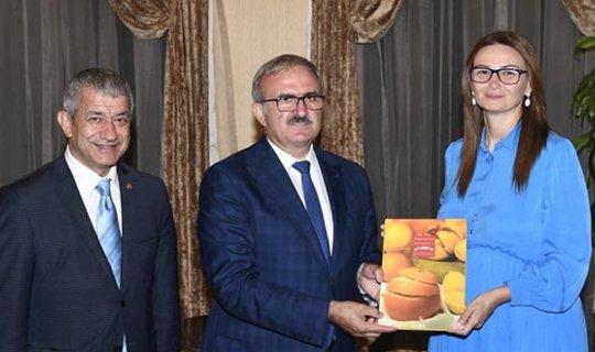 Milletvekili Pashayeva'dan Vali Karaloğlu ve Başkan Türel'e ziyaret