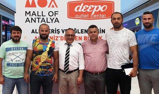 Pehlivanlara Mall Off Antalya'dan ödül