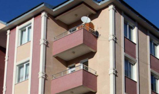 Alanya'da balkondan düşen çocuk hayatını kaybetti