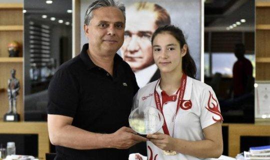 Altın kız Türkiye şampiyonu
