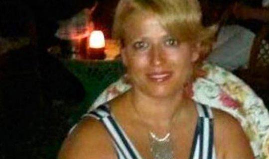 Arkadaşlarının ulaşamadığı kadın evinde ölü bulundu