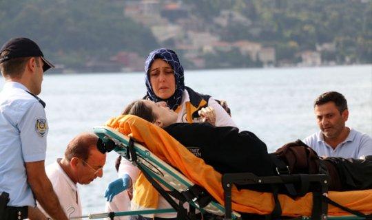 Denize düşen kadının yardımına balık tutanlar koştu