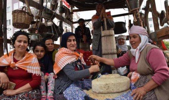 Hayri Dev'in anısına Kaş Yörük Türkmen Şenliği