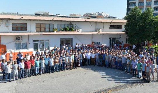 Muratpaşa Belediyesi'nden çalışanlarına 1 milyon 29 bin 185 TL bayram ikramiyesi