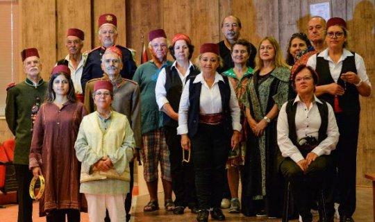 Yaşlıevleri'nin 19 üyesi 'Fehim Paşa Konağı'nı sergiliyor