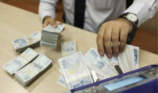 Antalya'da çalıştığı bankayı dolandırdı
